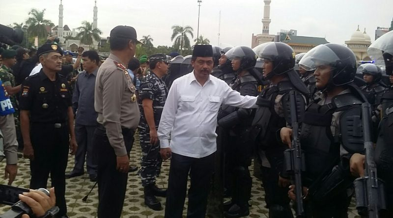 Riau Islands Police chief Apples Holds Security Forces in the framework of Unras December 2 2016